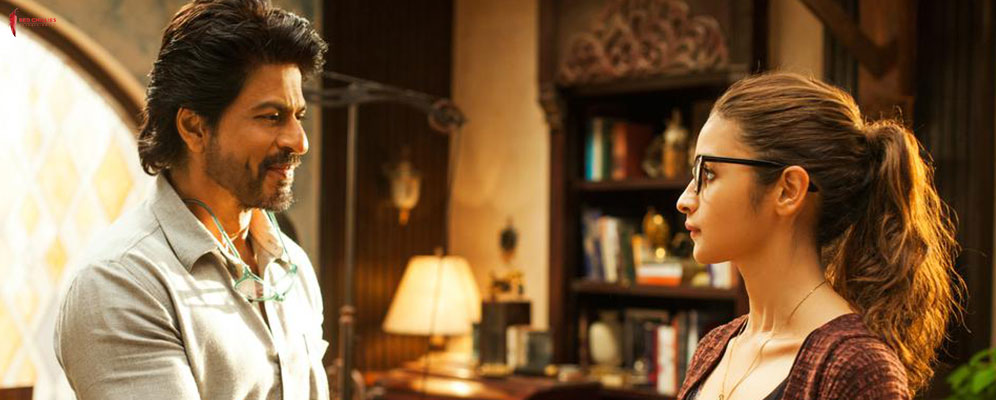 Watch Alia & SRK's interesting encounters in new Dear Zindagi Teaser: Dear Zindagi Take 2: Always Recycle